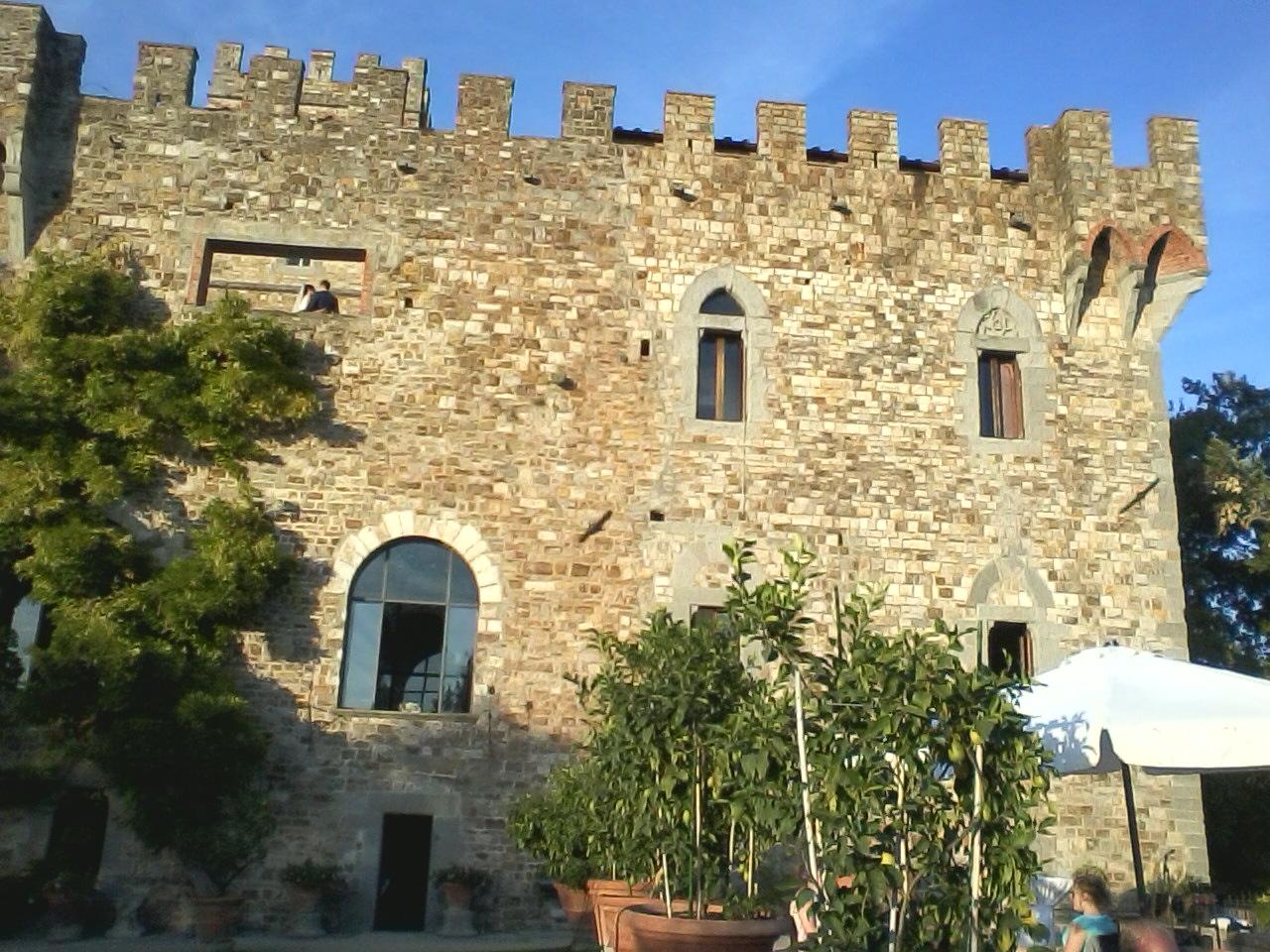 Matrimonio Toscana Castello : Il magico desideri spettacolo di magia per tuo matrimonio